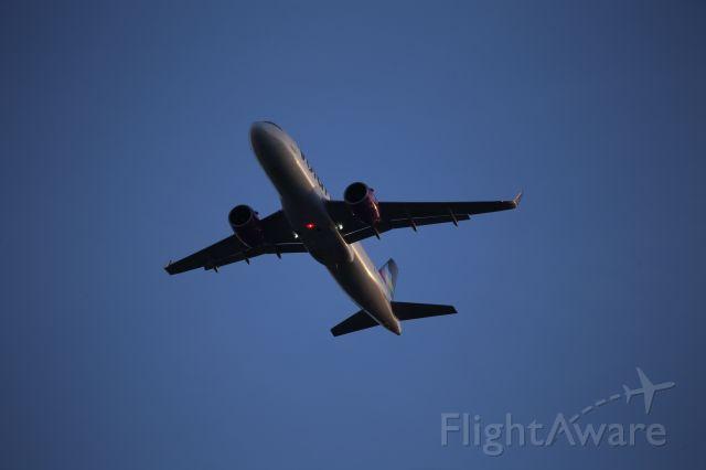 Airbus A320 (XA-VRI)
