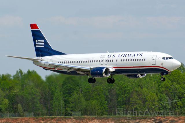 BOEING 737-400 (N452UW)