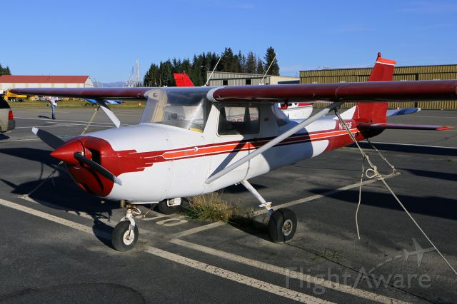 Piper Cherokee (N7763F)