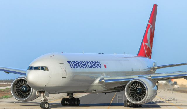 BOEING 777-200LR (TC-LJN) - Turkish airlines lining up for take off at TNCC Hato Curacao.