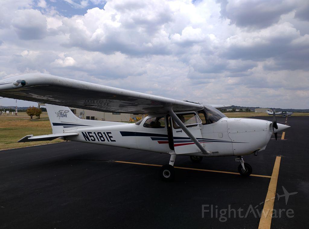 Cessna Skyhawk (N5181E)