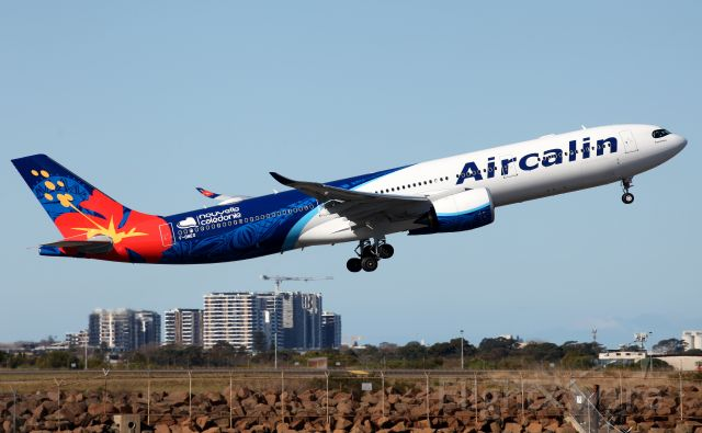 AIRBUS A-330-900 (F-ONEO) - Lifting Off from Rwy 16R