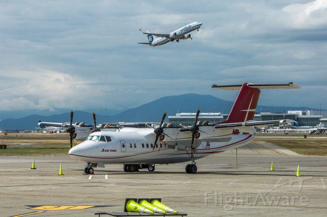 De Havilland Canada Dash 7 —