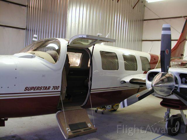 Piper Aerostar (N89AT)