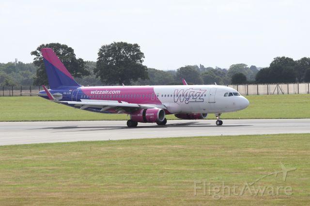 Airbus A320 (HA-LSA)