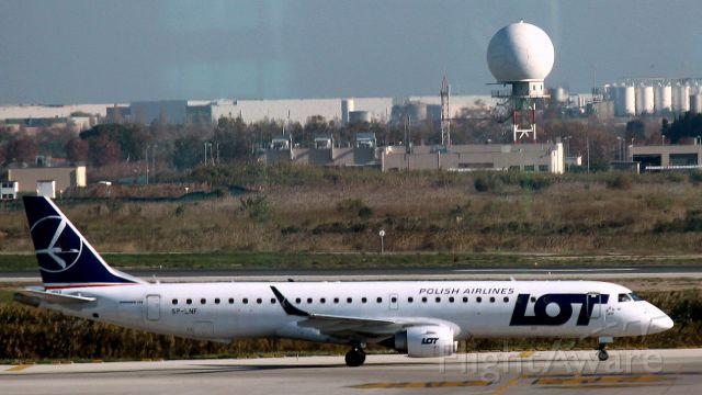 Embraer ERJ-190 (SP-LNF) - Barcelone, 7 décembre 2016