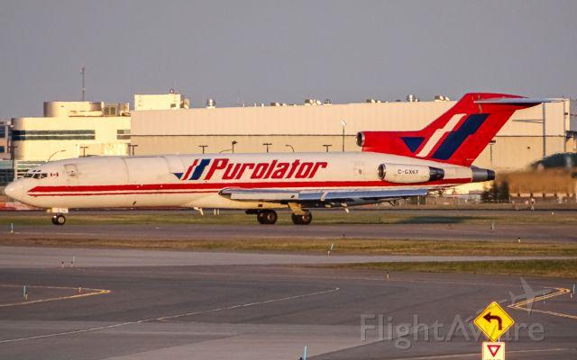 BOEING 727-200 (C-GXKF)