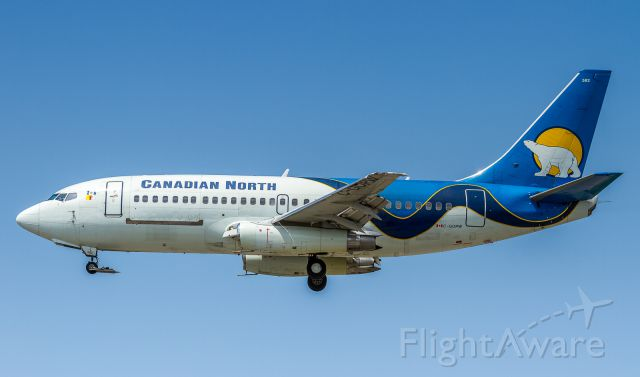 Boeing 737-200 (C-GOPW) - Arriving from Calgary as MPE9200