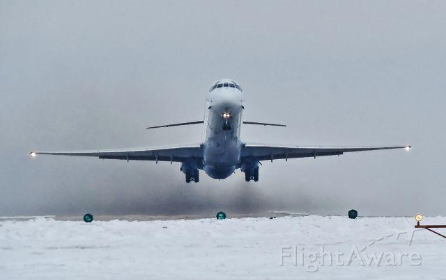 McDonnell Douglas MD-83 (N868GA)