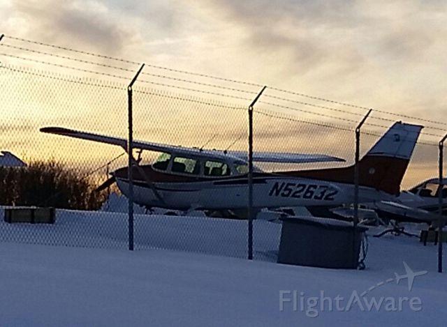 Cessna Skyhawk (N52632) - Sunset. WIFA