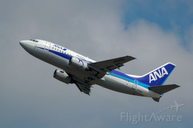 Boeing 737-500 (JA302K) - 2012-05-30