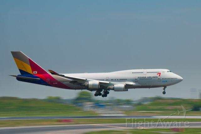 Boeing 747-400 (HL7418)