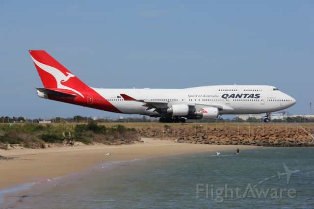 Boeing 747-200 (VH-OEI) - Boeing 747-438 at Sydney Kingsford Smith International Airportbr /Photo: 16.01.2013