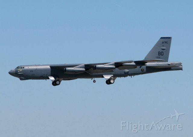Boeing B-52 Stratofortress (61-0031) - Landing at Barksdale Air Force Base.