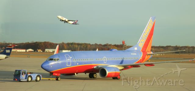 Boeing 737-700 (N728SW) - Heading to FLL