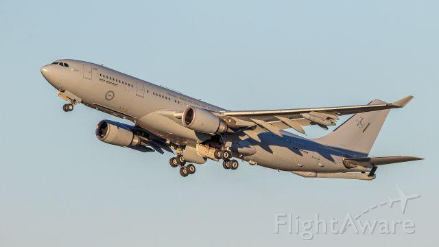 Airbus A330-200 (A39007)