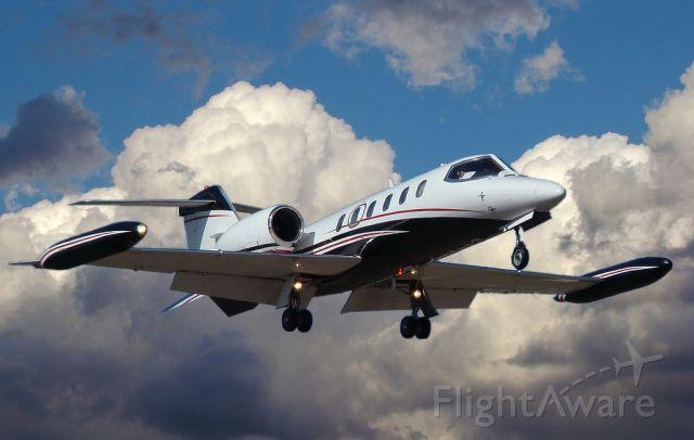 Learjet 35 (N317TT)