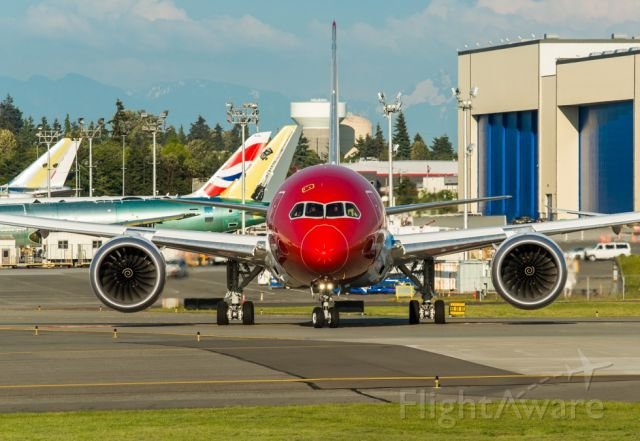 Boeing Dreamliner (Srs.8) (EI-LNG) - EI-LNG Norwegian BOE788 is taxing out for a test flight