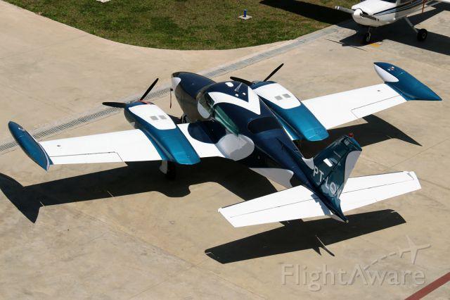 Cessna 310 (PT-LQY)