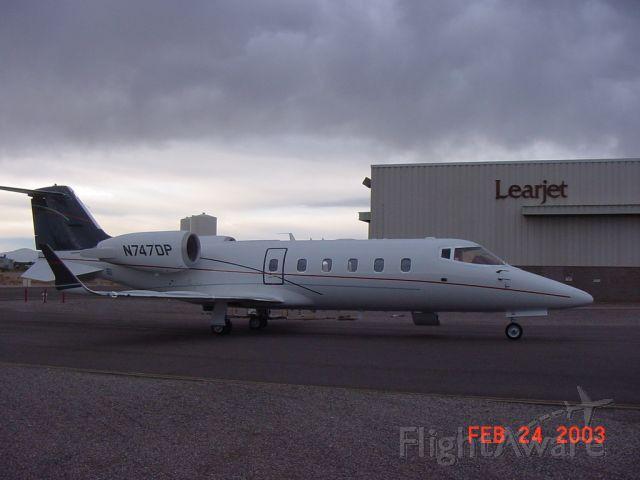 Learjet 60 (N747DP)