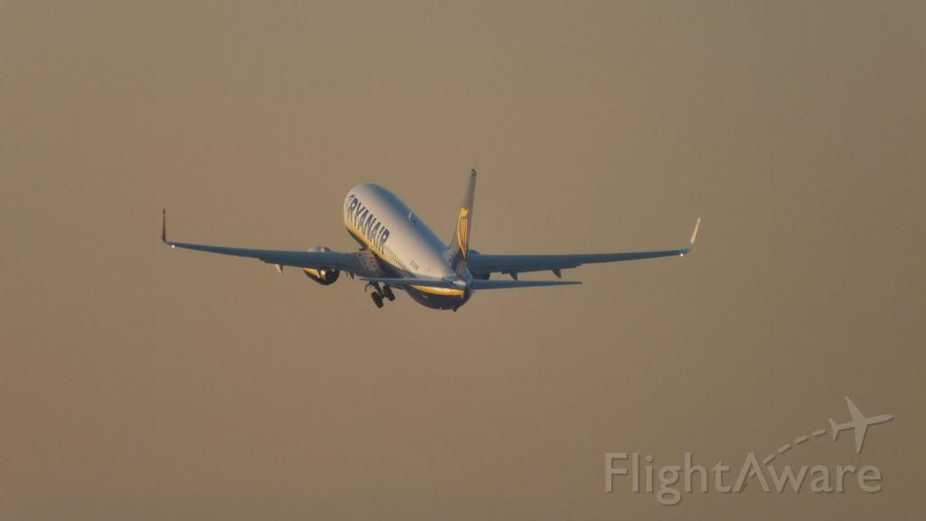 Boeing 737-800 (EI-DCF)