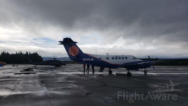 Beechcraft Super King Air 200 (N541LM)