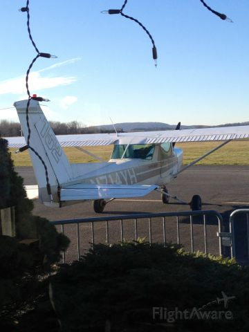 """Cessna 152 (N714YH) - Shot from inside the """"FBO"""" if you will. Before we took her up"""