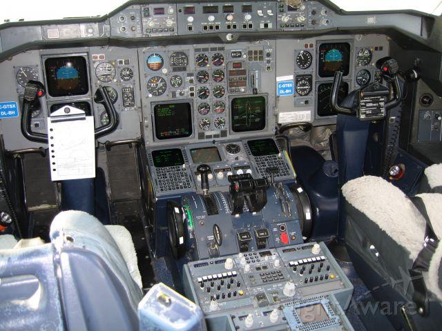 Airbus A310 — - GTSX flight deck