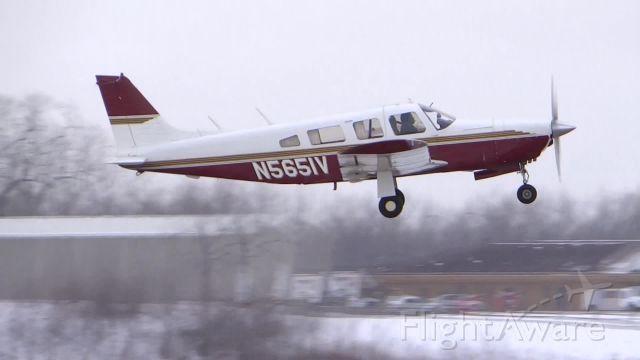 Piper Saratoga/Lance (N5651V)