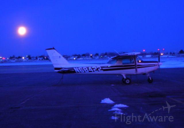 Cessna 152 (N68422) - Moonset at dawn.