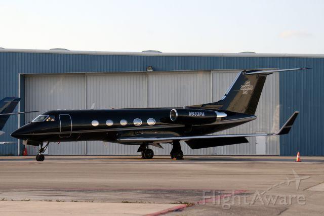 Gulfstream Aerospace Gulfstream 3 (N933PA) - Overnighting on 07-Apr-11 before departing for KLAS.