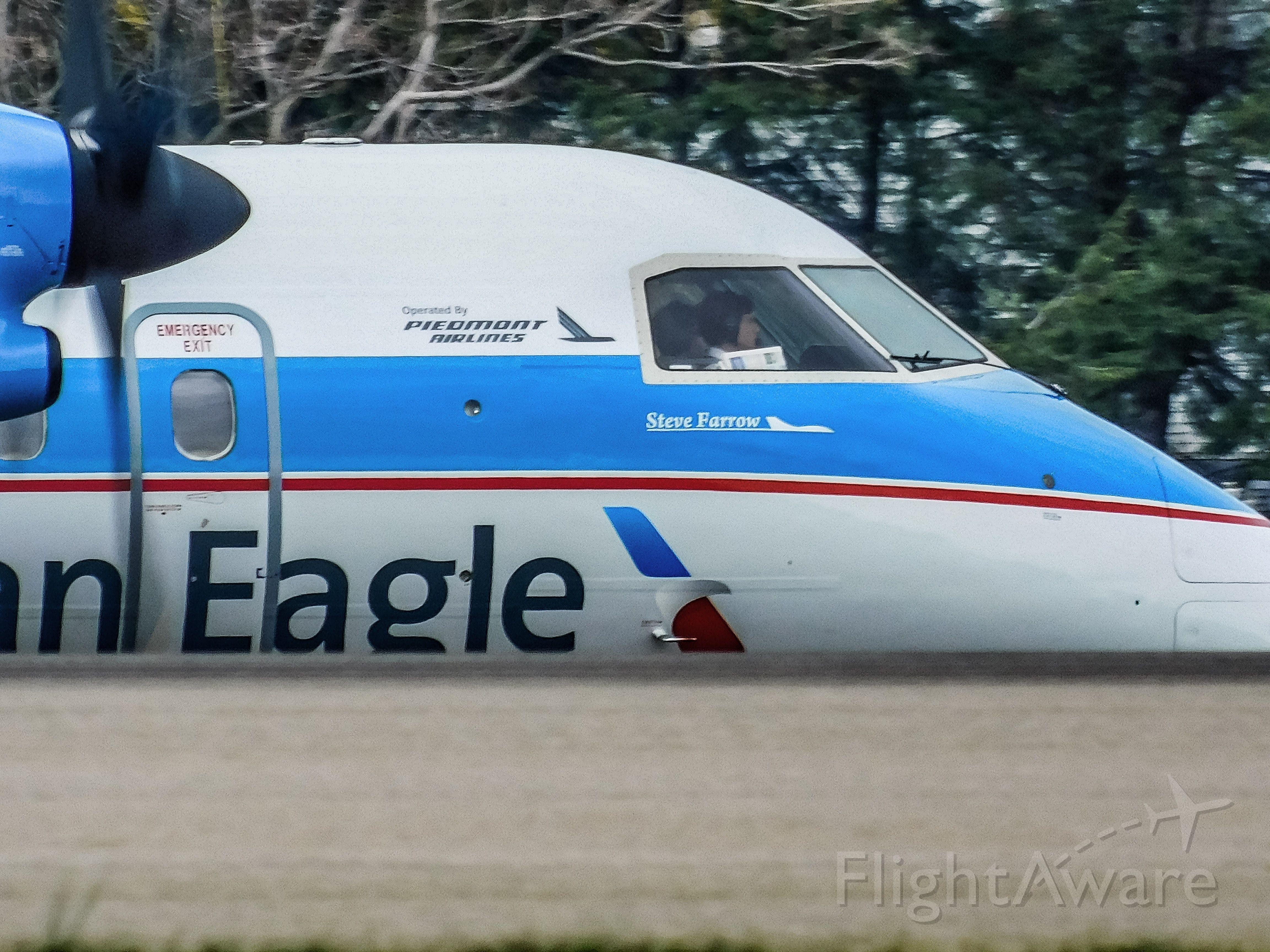 de Havilland Dash 8-100 (N837EX) - American eagle piedmont retro dash 8 q100