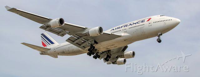 Boeing 747-200 (F-GITH)
