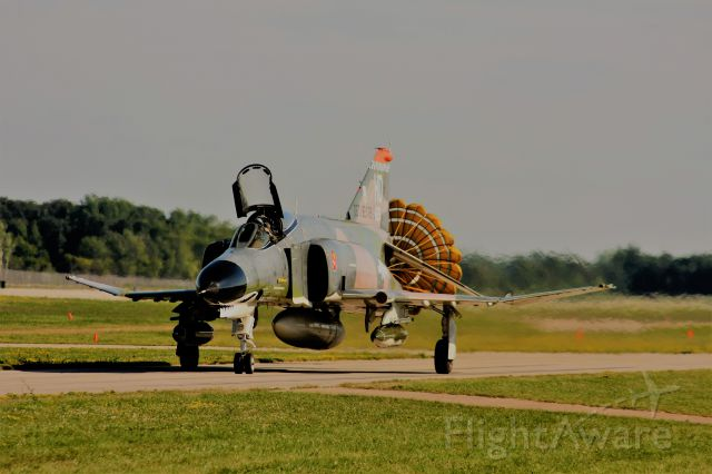 McDonnell Douglas F-4 Phantom 2 (74-1638) - Taxiing by the aviation enthusiasts