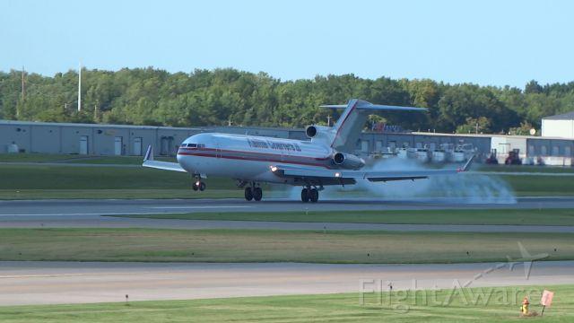 BOEING 727-200 (N729CK) - Super-rare beast! So glad my grandma was free to take me to see it (: