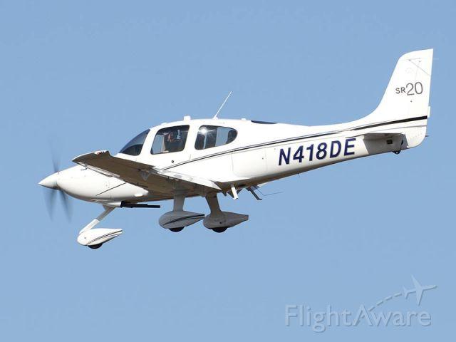 Cirrus SR-20 (N418DE)