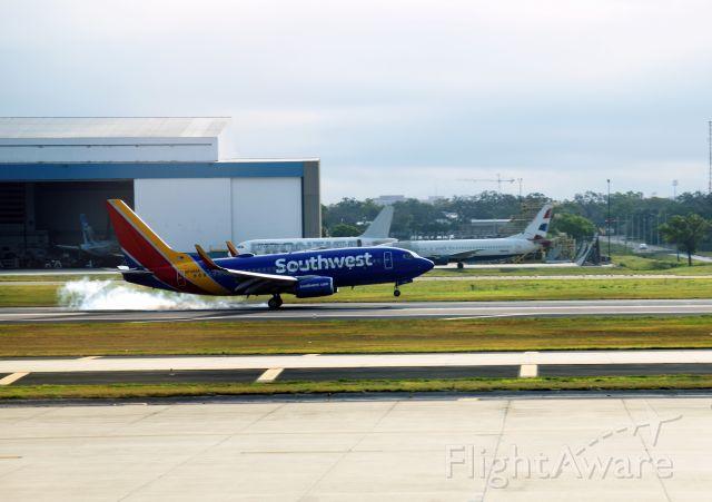 Boeing 737-700 (N736SA) - KTPA Terminal