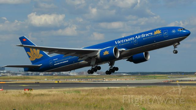 Boeing 777-200 (VNA141)