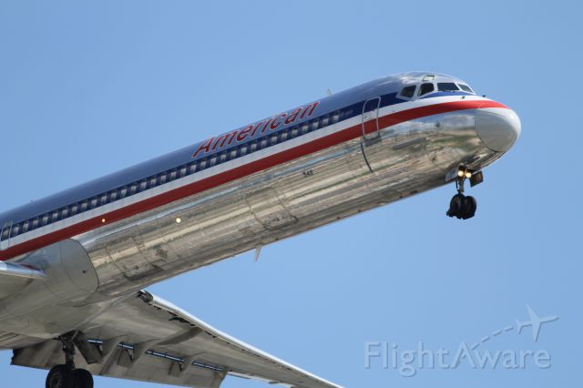 McDonnell Douglas MD-80 (N7548A) - American Airlines MD82 (N7548A) landing on 28C in Chicago.