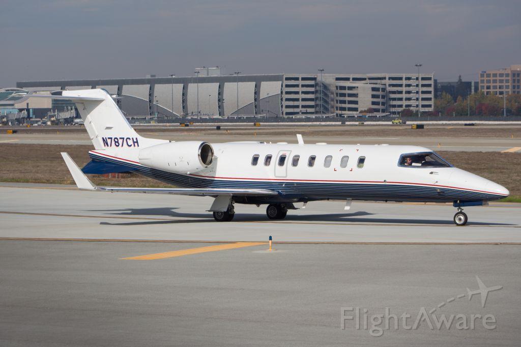 Bombardier Learjet 75 (N787CH)