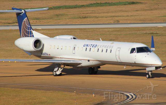 Embraer EMB-145XR (N14174) - Taxiing with one engine running.