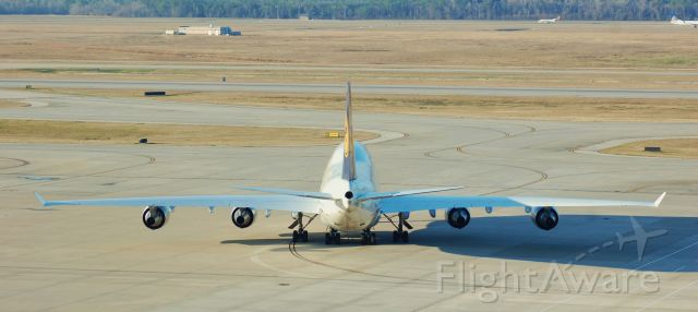 Boeing 747-400 (D-ABTF) - Taxiing for departure.