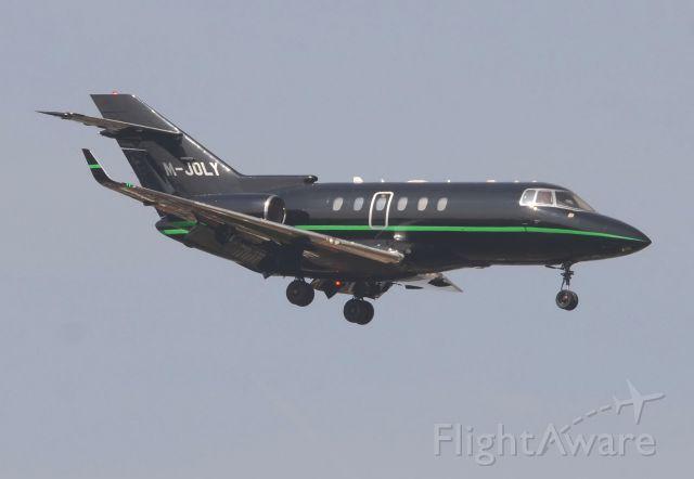 Raytheon Hawker 800 (M-JOLY)