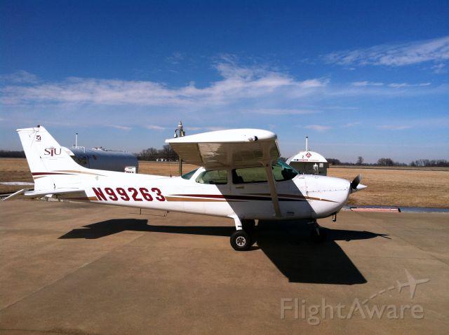 Cessna Skyhawk (N99263)