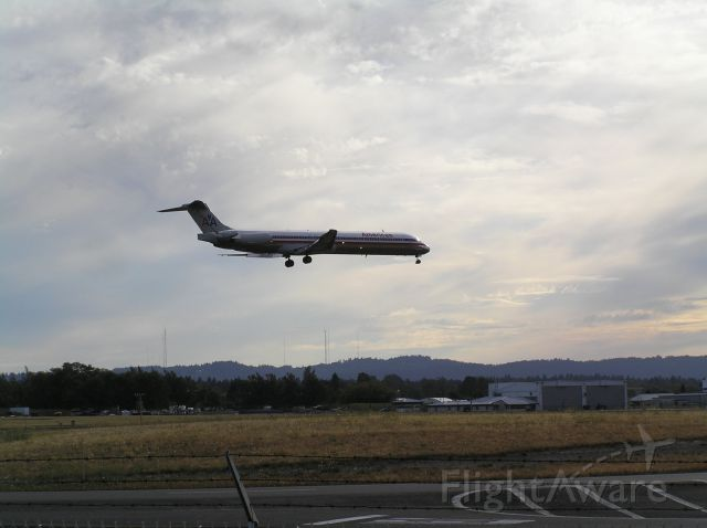 McDonnell Douglas MD-80 — - 2010-08-20 1811 PDT