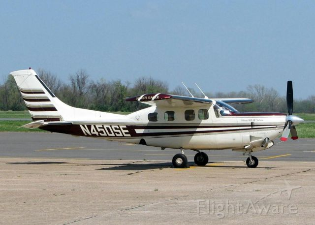 Cessna P210 (turbine) (N450SE) - Downtown Shreveport.