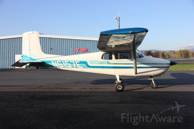 Cessna Skyhawk (N6157E)