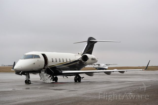 Bombardier Challenger 300 (N545FX) - Best at full size