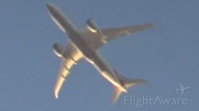 Boeing 787-8 (N810AN) - 20,000 ft above me to Dallas Forth-Worth. Been seeing more Dream)Liners go over me recently.