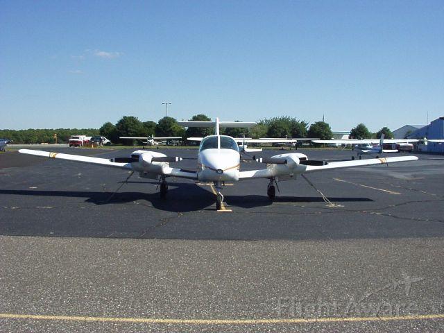 Piper PA-44 Seminole (N2084A)